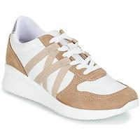 鞋子 女士 球鞋基本款 André ALLURE 米色