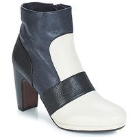 鞋子 女士 短靴 Chie Mihara  奶白色
