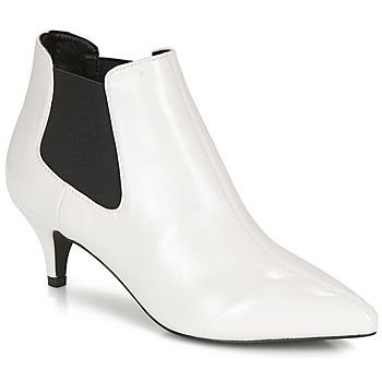鞋子 女士 短靴 André LUCIANA 白色