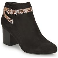 鞋子 女士 短靴 André EVA 黑色