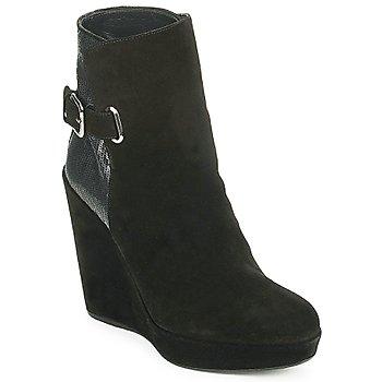 鞋子 女士 短靴 Stuart Weitzman 斯图尔特 韦茨曼 PARAGRAPH 黑色