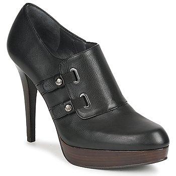 鞋子 女士 短靴 Stuart Weitzman 斯图尔特 韦茨曼 TWO BUCKS 黑色