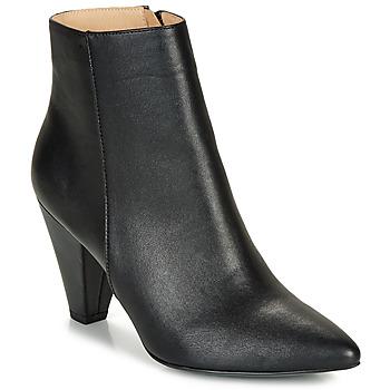 鞋子 女士 短靴 André LYDIA 黑色