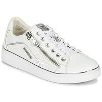 鞋子 女士 球鞋基本款 Mustang 1300-303-121 白色 / 银色