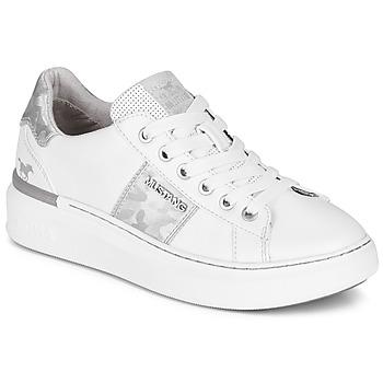 鞋子 女士 球鞋基本款 Mustang 1351304-121 白色 / 银色
