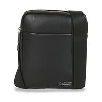 包 男士 小挎包 Calvin Klein Jeans CK BOMBE' FLAT CROSSOVER 黑色