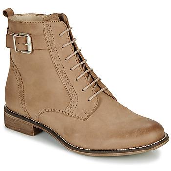鞋子 女士 短筒靴 André CHEPTELA 驼色