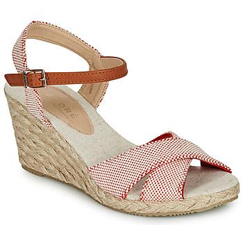 鞋子 女士 凉鞋 André PAULETTA 红色