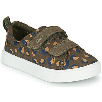 鞋子 女孩 球鞋基本款 Clarks 其乐 CITY BRIGHT T 卡其色