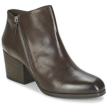鞋子 女士 短靴 Vic 维克 ASSINOU 棕色
