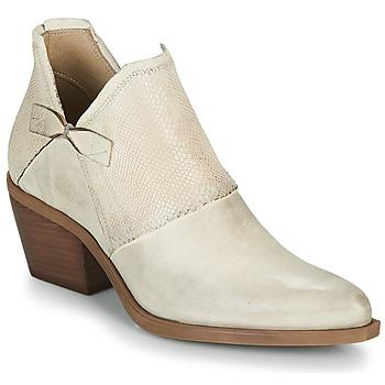 鞋子 女士 凉鞋 Casta DOLCE 米色