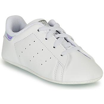 鞋子 女孩 球鞋基本款 Adidas Originals 阿迪达斯三叶草 STAN SMITH CRIB SUSTAINABLE 白色 / 银色