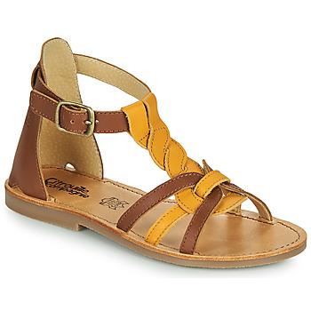 鞋子 女孩 凉鞋 Citrouille et Compagnie GITANOLO 黄色 / 驼色