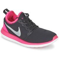 鞋子 女孩 球鞋基本款 Nike 耐克 ROSHE TWO JUNIOR 黑色 / 玫瑰色