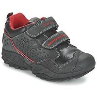 鞋子 男孩 球鞋基本款 Geox 健乐士 NEW SAVAGE BOY 黑色 / 红色