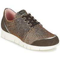 鞋子 女士 球鞋基本款 Unisa BOMBA 银灰色