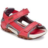 鞋子 女孩 凉鞋 Camper 看步 OUS 红色