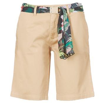 衣服 女士 短裤&百慕大短裤 Guess BENARIO 米色