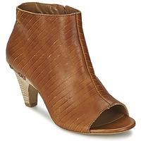 鞋子 女士 短靴 Vic 维克 GONCO 棕色