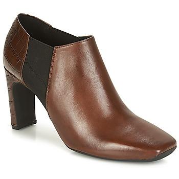 鞋子 女士 短靴 Geox 健乐士 D VIVYANNE HIGH 棕色