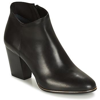 鞋子 女士 短靴 André RIKA 黑色