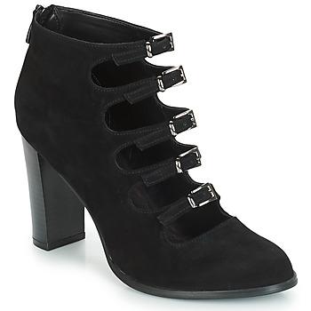 鞋子 女士 短筒靴 André GAYA 黑色