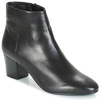 鞋子 女士 短靴 André FAME 黑色