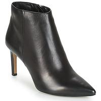 鞋子 女士 短靴 André FONDLY 黑色