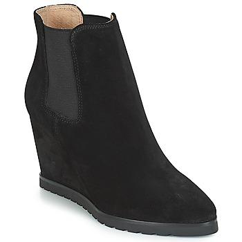 鞋子 女士 短靴 André TONKA 黑色