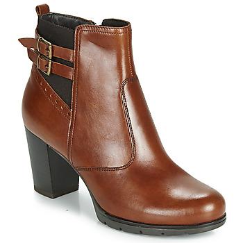 鞋子 女士 短靴 André CARACAL 棕色