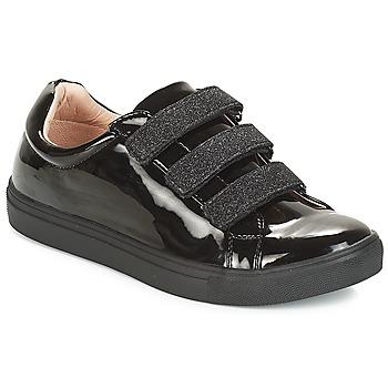 鞋子 女士 球鞋基本款 André THYMUS 黑色