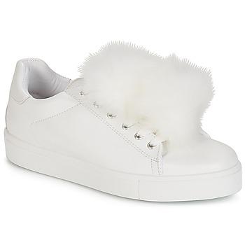 鞋子 女士 球鞋基本款 André POMPON 白色