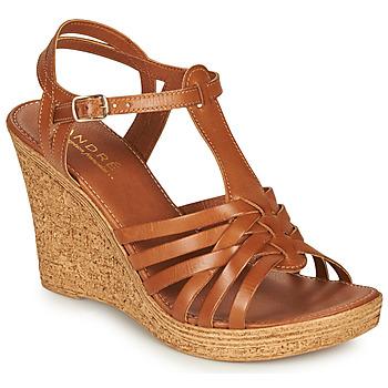 鞋子 女士 凉鞋 André FABULEUSE 驼色